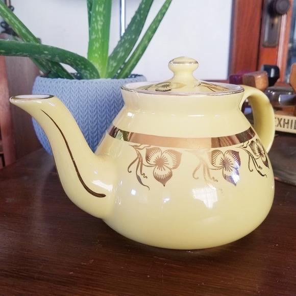 Vtg Hall pottery ceramic yellow & gold teapot